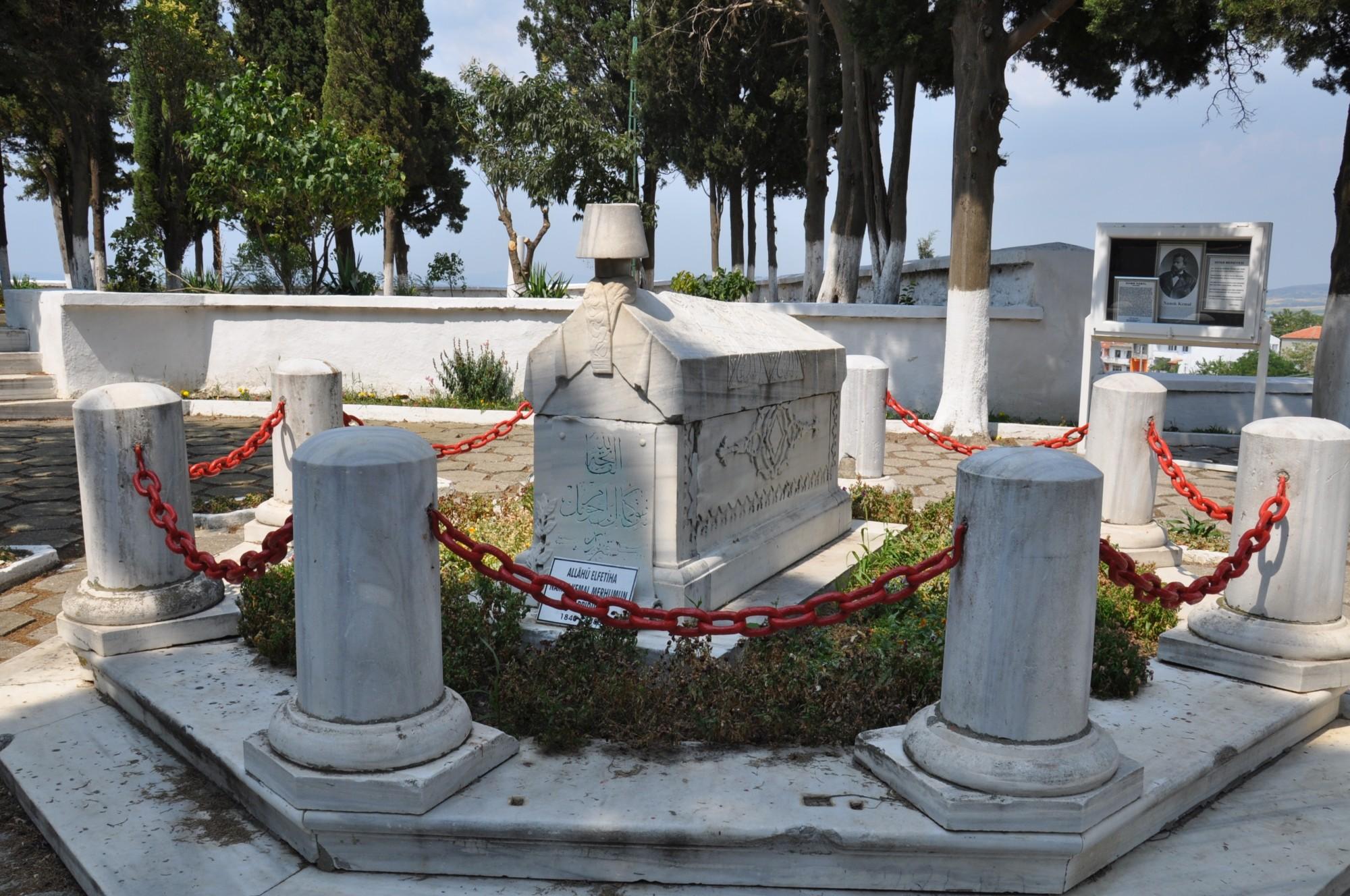 Tomb of Namık Kemal in Bolayır