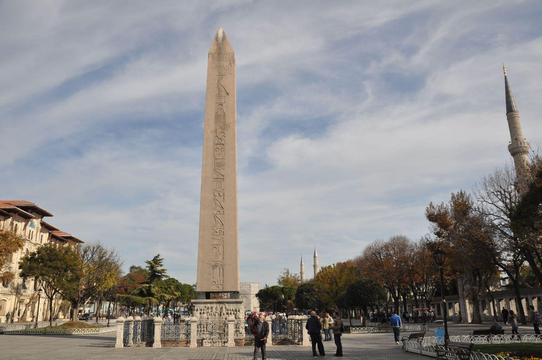 Obelisk Teodozjusza, Hipodrom Konstantynopola