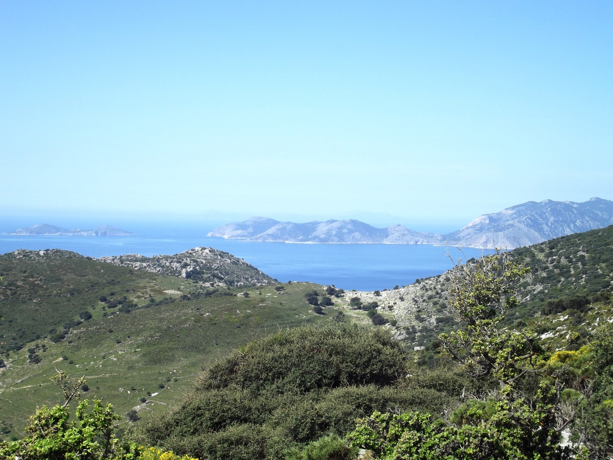Fig. 15. View from Asar Dağ across the environment with the island of Symi in the background