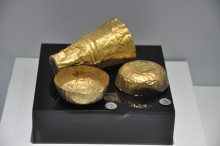 Miletus Museum - gold cups from Hellenistic period