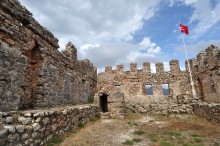 Ehmedek Fortress in Alanya