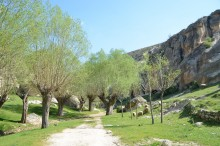 Ayazini, a hiking trail to Avdalez Castle