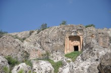 Ayazini, the tomb with lion's reliefs
