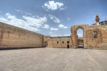 Ishak Pasha Palace - the outer courtyard and the gate to the inner courtyard