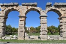 The Roman aqueduct in Tyana (Kemerhisar)