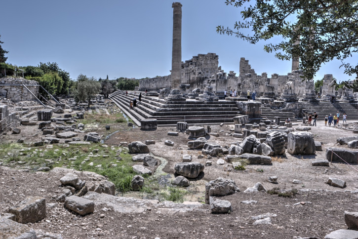 The Temple of Apollo in Didim, July 2019